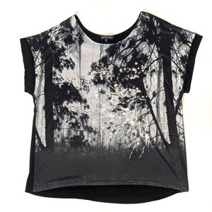 Addition Elle Woman size 2X graphic print top